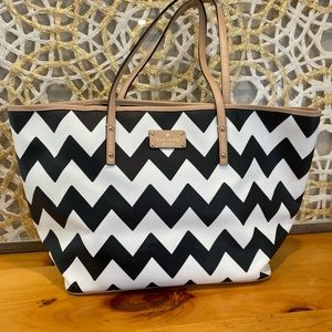 Kate Spade Tote Large Bag. Great big bag